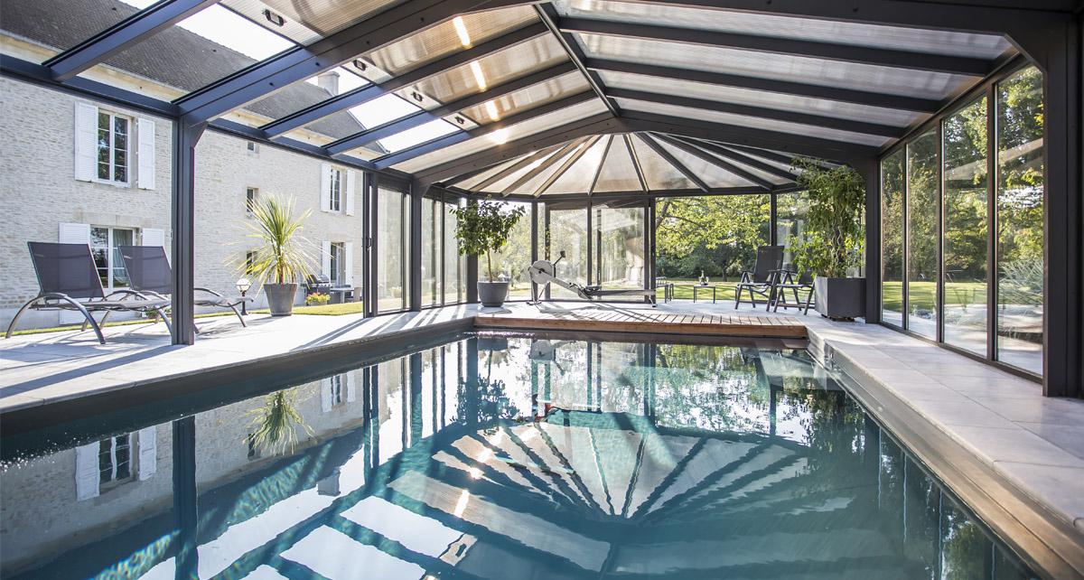 Centre de balnéothérapie privé sous véranda Cover Concept by Import Garden