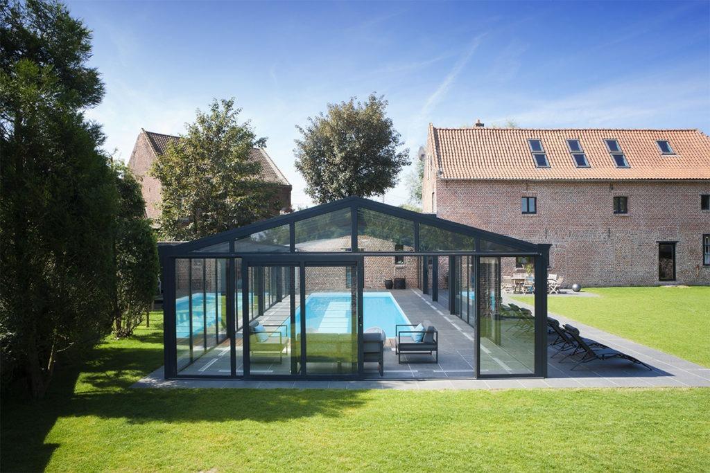 Toiture de véranda pour piscine droite à deux versants