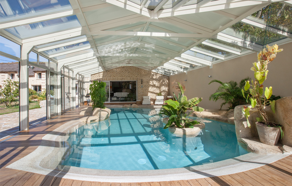 Véranda bicolore piscine de rêve
