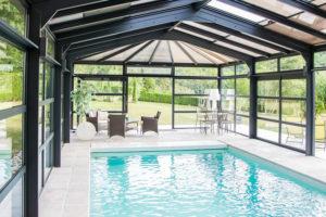 Une véranda de piscine Cover Concept sur mesure