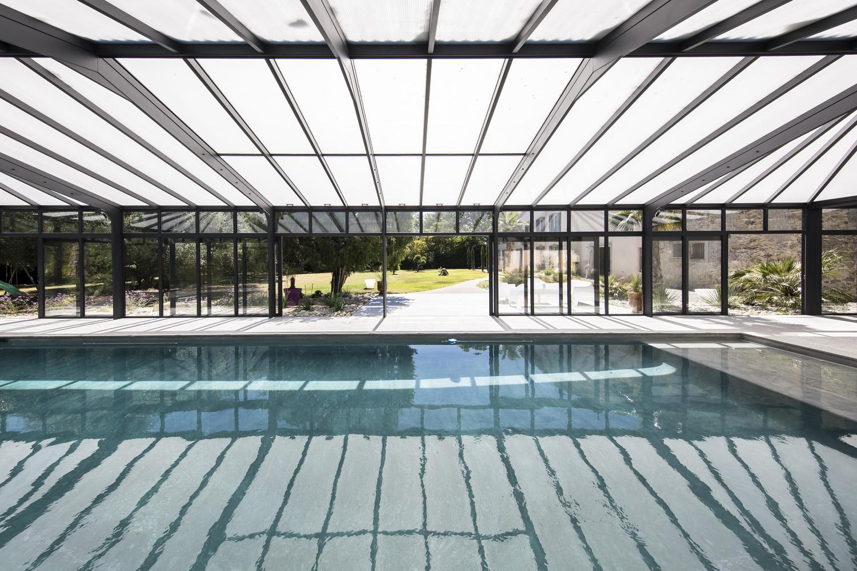 veranda-Cover-Concept-pour-grande-piscine