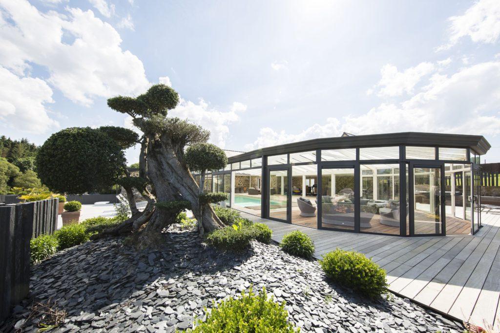 veranda-piscine-Cover-Concept-forme-arrondie