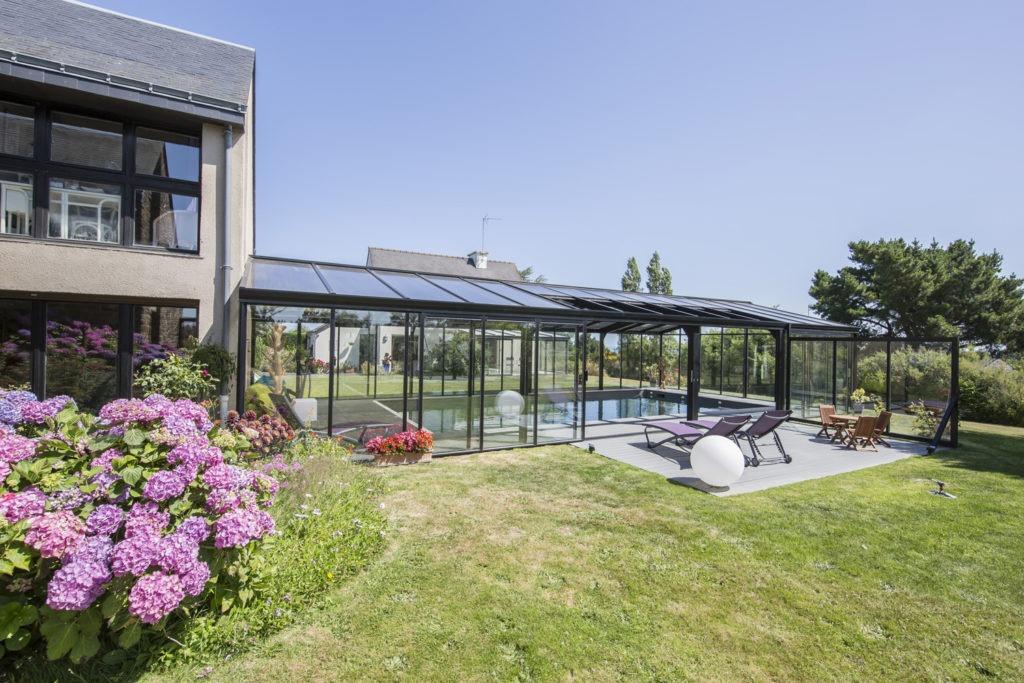 Projet familial de véranda pour piscine en Bretagne