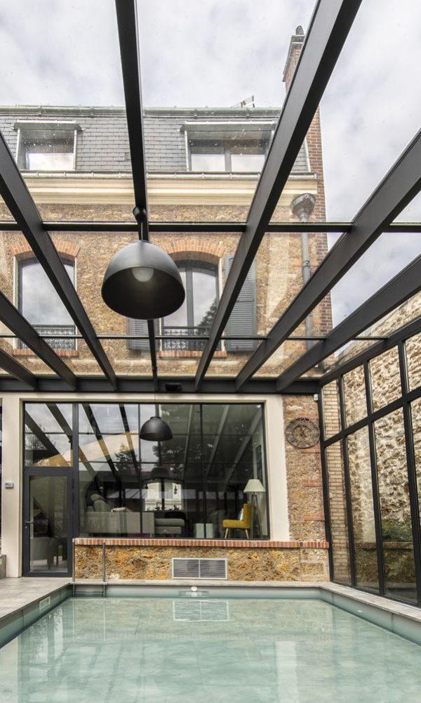 Luminosité totale avec cette toiture de véranda en double vitrage